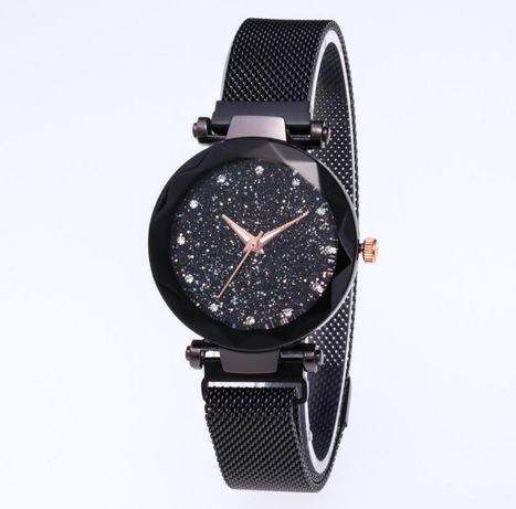 Модные женские часы на магнитном ремешке