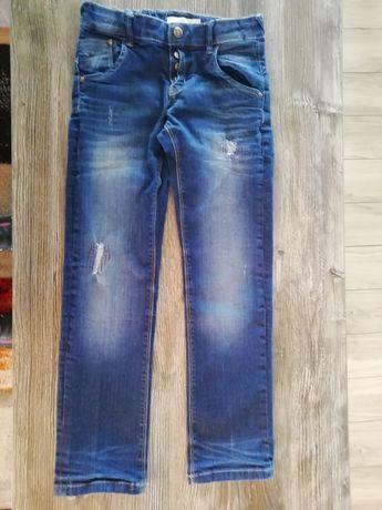 Spodnie jeansowe 134r.