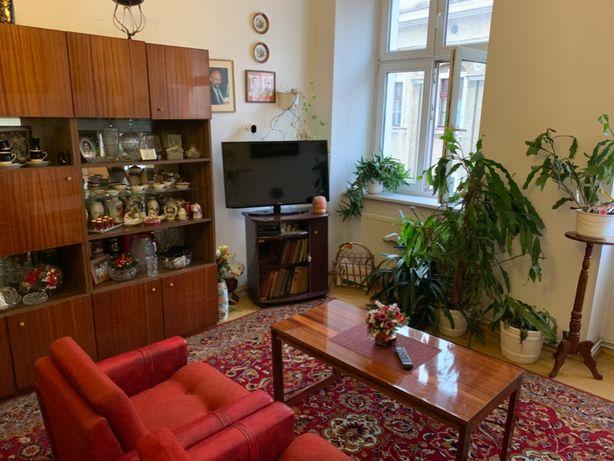Mieszkanie na wynajem 2 pokoje kamienica Rynek Wałbrzych Stare Miasto