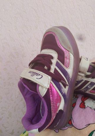 Обувь для девочки .Качественная.Недорого.
