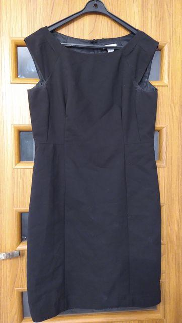 Sukienka.           ...