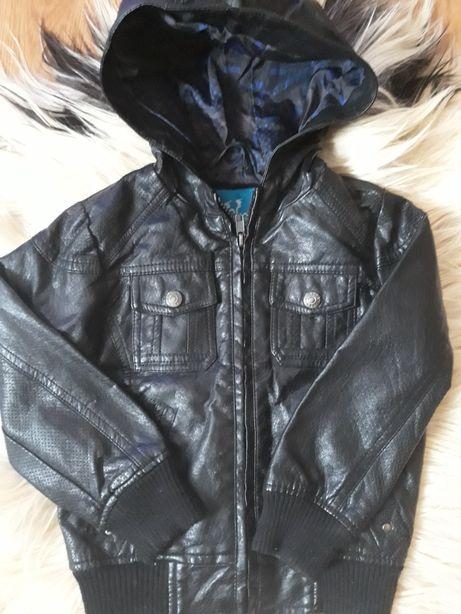 Курточка кожаная на модника