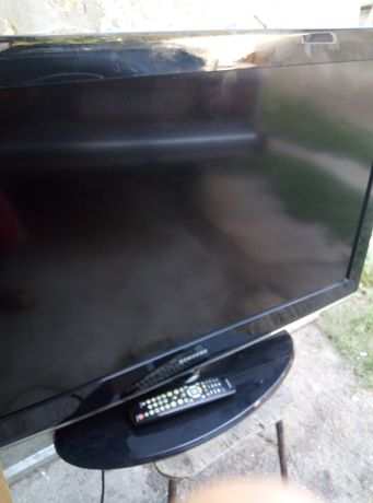 "Большой жк TV Samsung 40"""