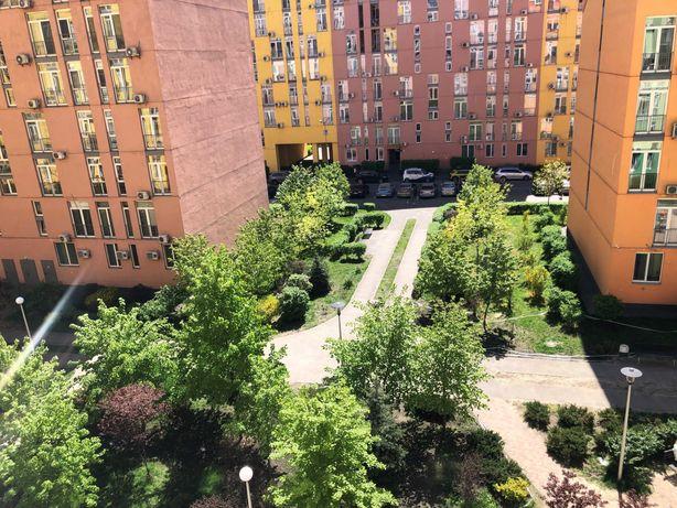 Отличная и светлая квартира-студия в Комфорт Таун/Регенераторная 4