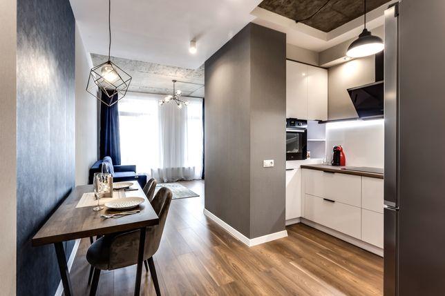 Продаж квартири з понорамним виглядом, Parus Park з ремонтом !
