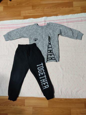 Детский костюм для мальчика 2-4 года, цена 400р