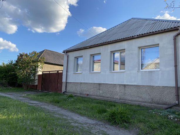 Продам большой дом с хорошим участком, от хозяина. Документы готовы.