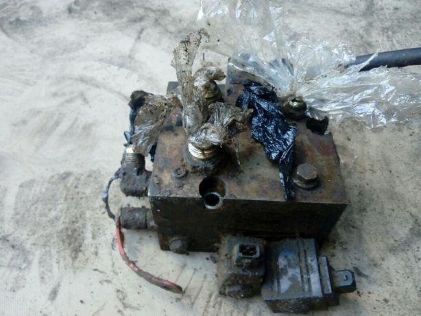 Sekcja hydraulika valtra 6600 części