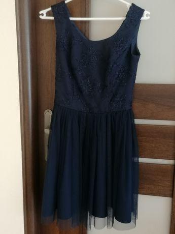 Krótka sukienka z tiulowym dołem Amanda Collection