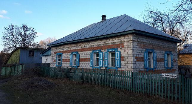 Продам будинок в м. Батурин на березі р. Сейм