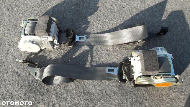Audi Q3  pasy  bezpieczeństwa  napinacze pirotechniczne