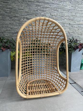 Wiszący fotel rattanowy