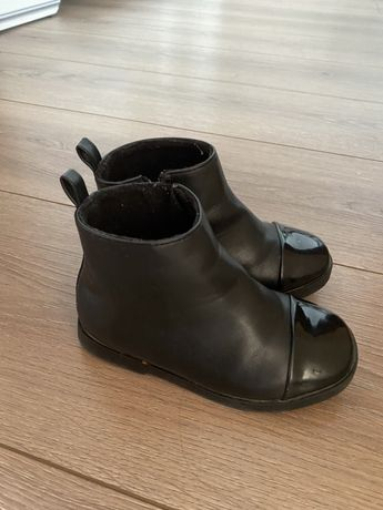 Ботинки Zara для девочки 23 размер