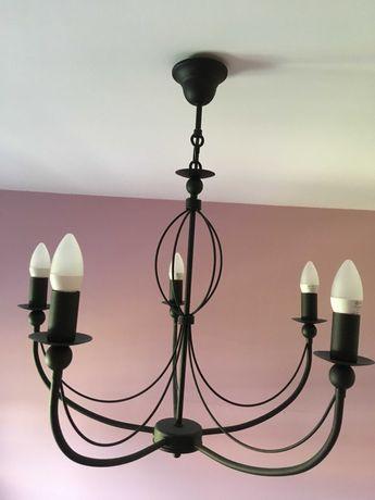 Nowoczesna lampa wisząca do salonu lub sypialni