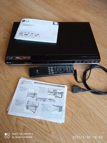 Nagrywarka DVD LG RH387H to telewizora, kamery