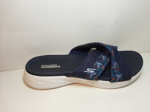 SKECHERS Monarch Mules
