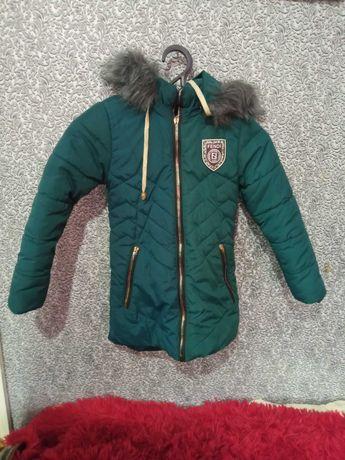 Куртка- пальто. Овчина. 5-7 років. Стан відмінний.