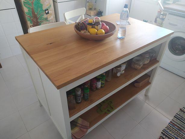 Ilha de cozinha IKEA