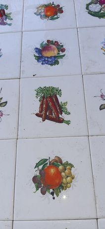 Antigos azulejos  Decorativos .