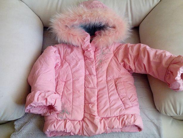 Куртка зимняя на девочку 4-5 лет