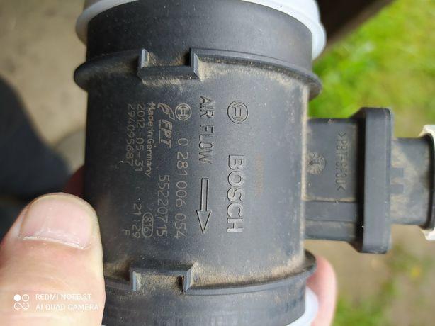 Расходомер воздуха Fiat doblo  дизель 1.6