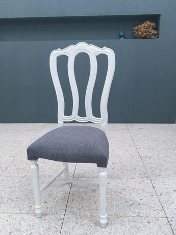 Cadeiras restauradas