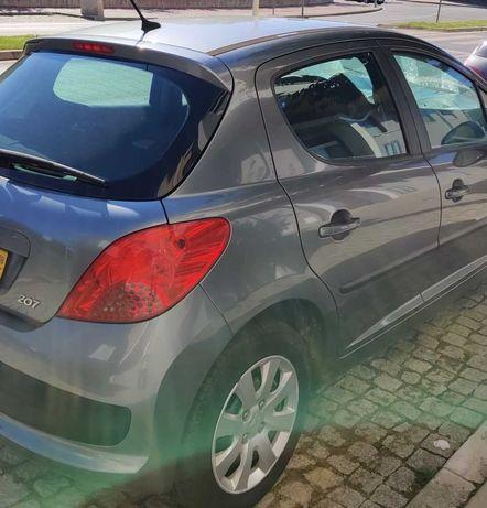 Peugeot 207 - 1.4