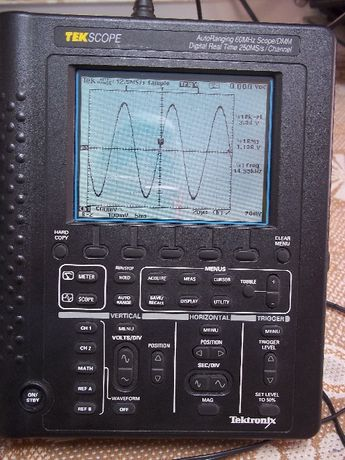 Осциллограф Tektronix THS720 (THS710)
