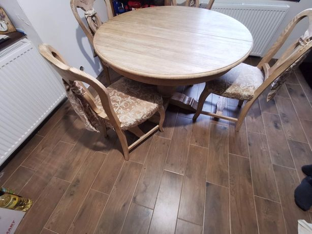 Stół kuchenny drewniany komplet