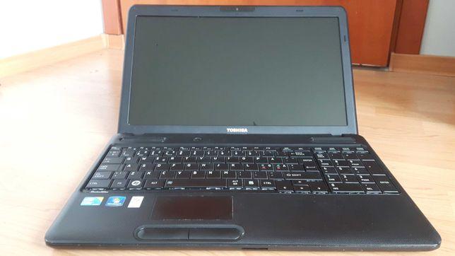 Laptop   Toshiba   Core i3