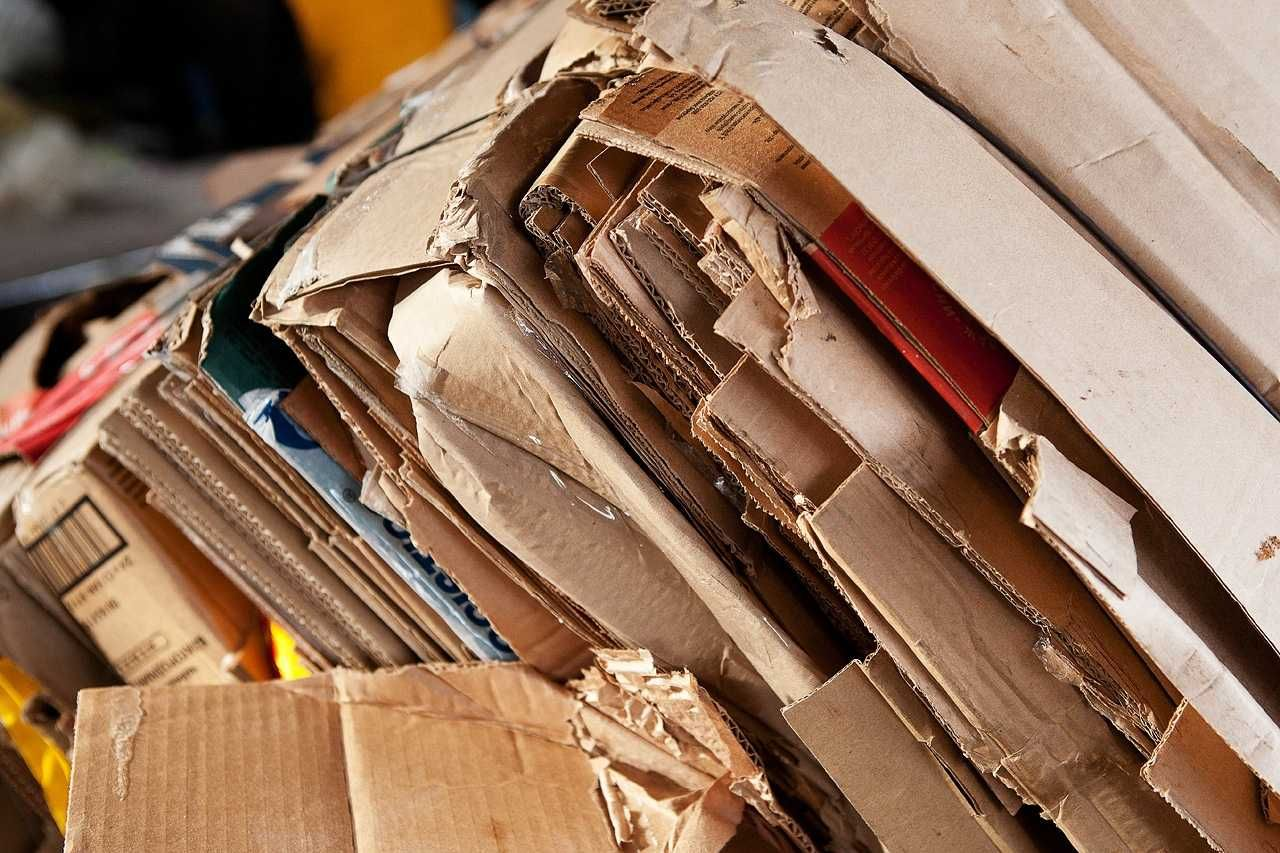 Покупаем отходы пленки и макулатуры по выгодным ценам