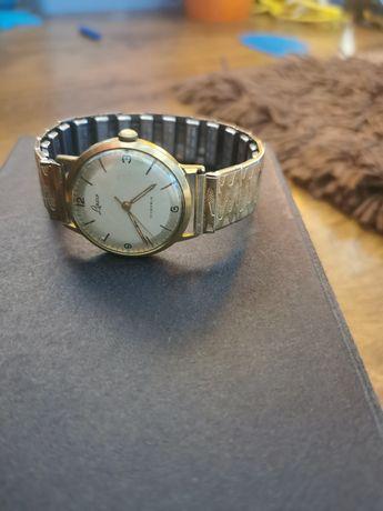 Stary zegarek laco stał złoto na chodzie