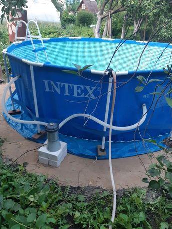 Продам бассейн Intex каркасний