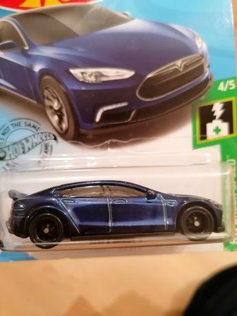 Продам машинку Hot Wheels Tesla super treasure hunt STH