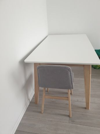 Stół rozkładany bialy