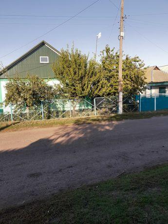 срочно продам жилой дом в с.Яковлевка Лозовского района