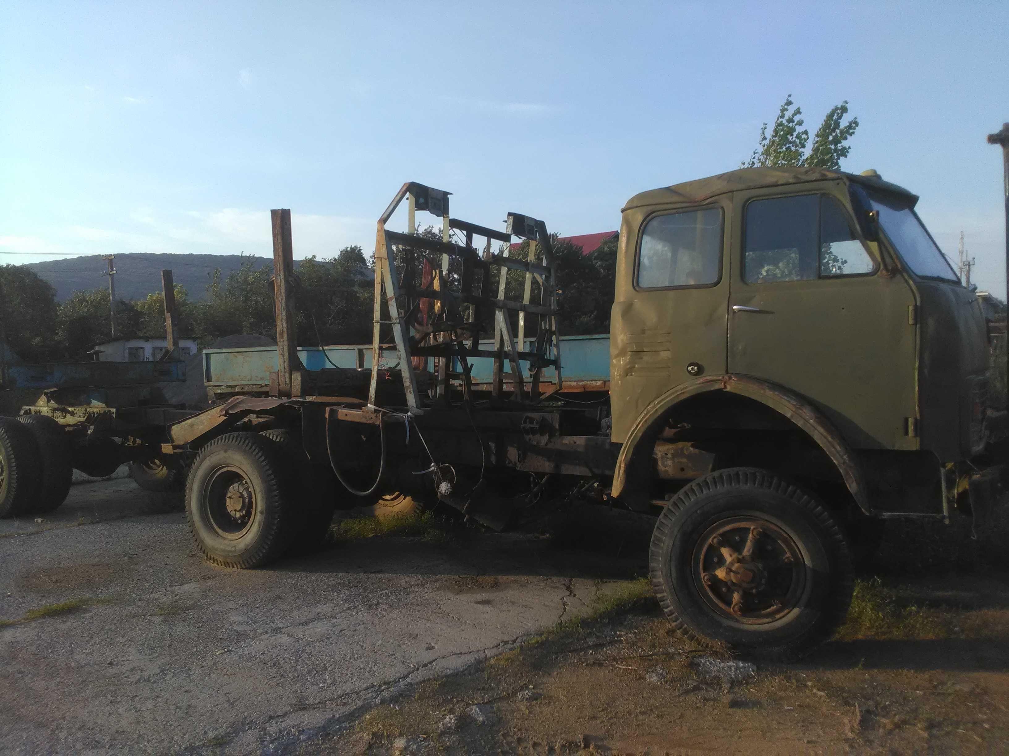 МАЗ 509 лісовоз-роздатка і мости