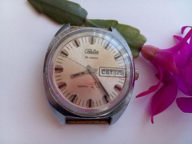 """часы """"Слава"""" (сделано в СССР), 26 камней, знак качества, работающие"""