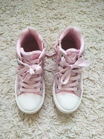 Buty wiosenne dziewczęce