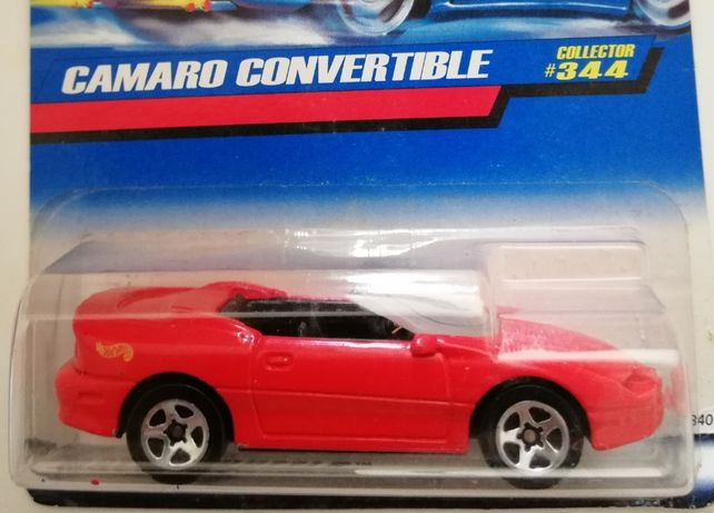 Hot Wheels Camaro Convertible rok 1997