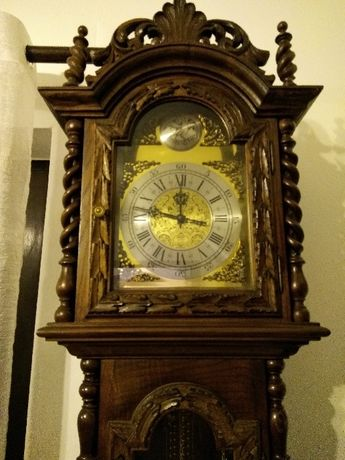 Relógio Antigo - Tempus Fugit