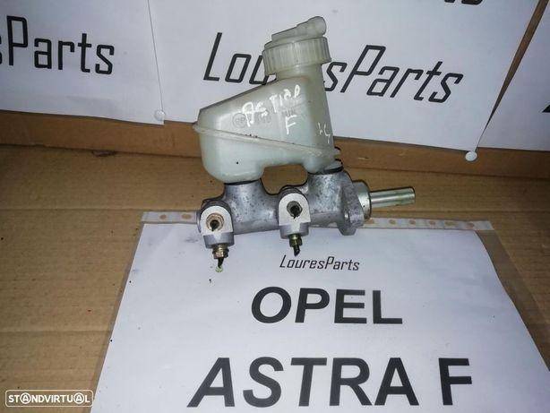 Bomba central de travões Opel Astra F