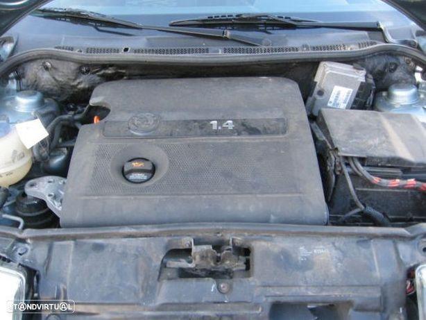 Motor Skoda Octavia 1.4i 16v 75cv AHW APE AKQ AXP BCA Caixa de Velocidades Arranque + Alternador