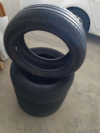 Шини Michelin R16