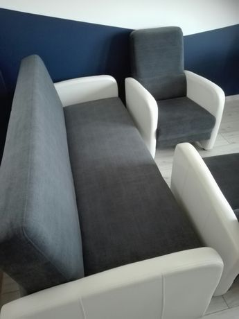 Komplet wypoczynkowy Wersalka plus 2 Fotele Stan bdb.