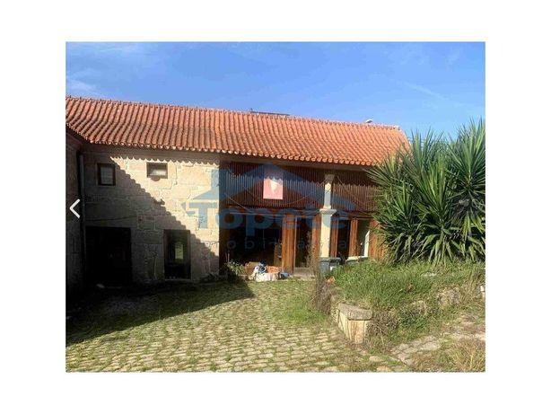 Casa Rústica Para Venda Em Silva Escura- Maia