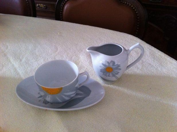 Chávena Café / Chá com Bule