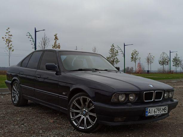 Продам BMW 5 E34