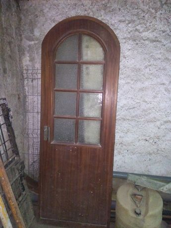 Porta interior de madeira