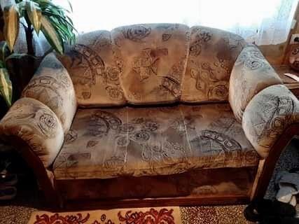 Rozkładana sofa 2-osobowa
